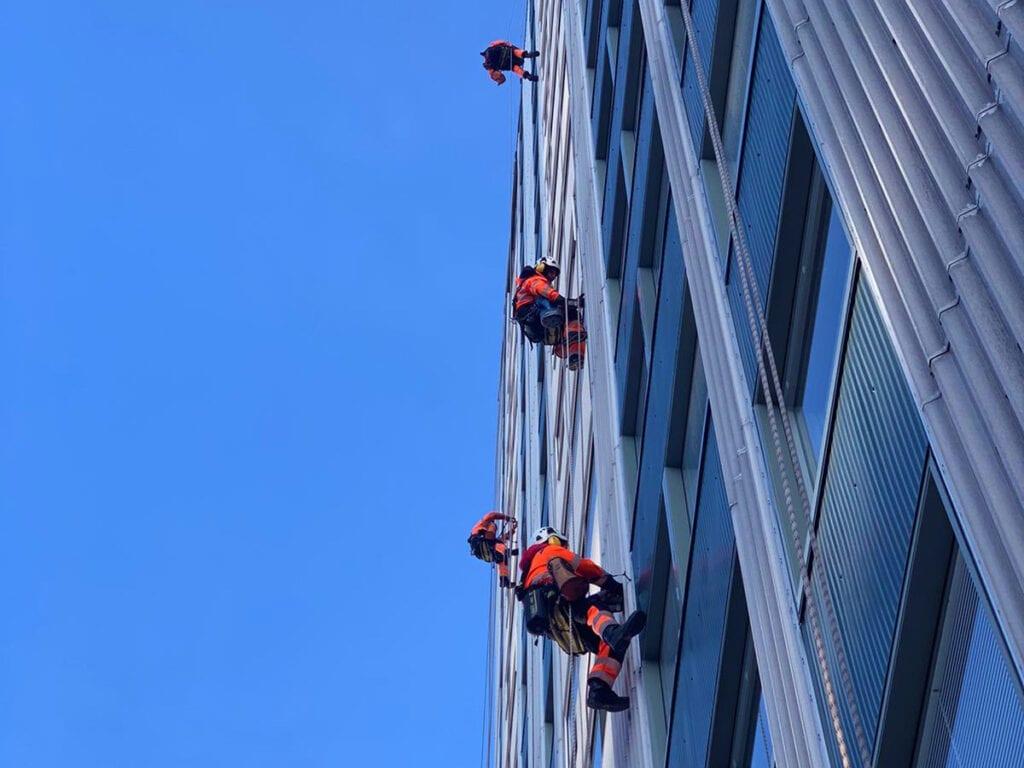 Reparbete, yrkesklättring, IRATA, utbildning, kurs, rope access, yrkesklättrare, reparbetare, nivå 3, level 3, säkringsledare