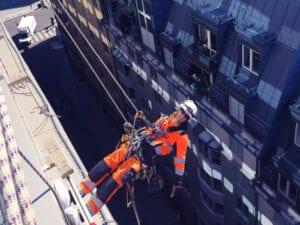 Reparbete, yrkesklättring, IRATA, utbildning, kurs, rope access, yrkesklättrare, reparbetare, träning, klättringsmetoder, räddningsövningar